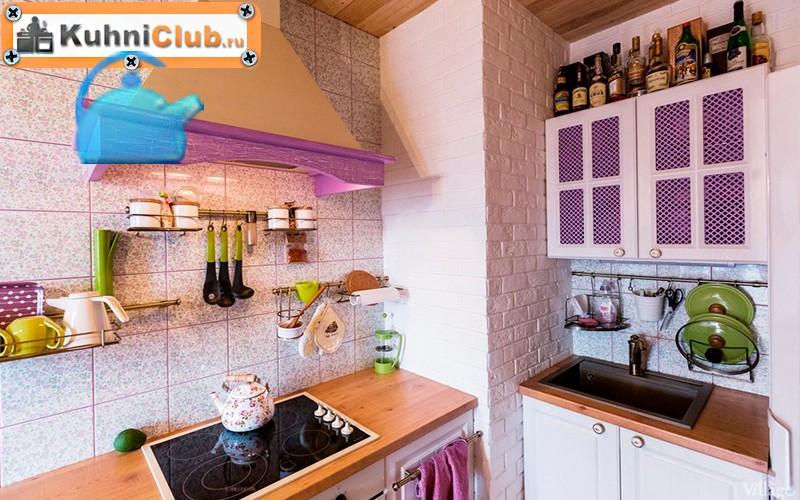 Акцент-на-розовый-в-кухне