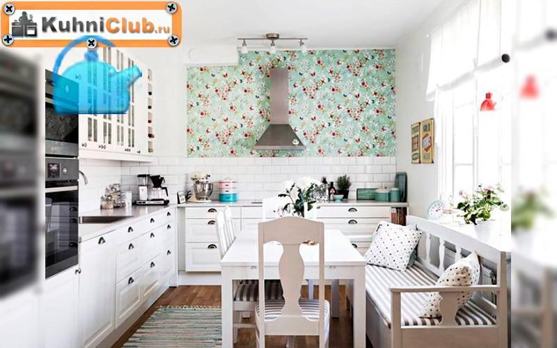 Скамья-в-небольшой-кухне