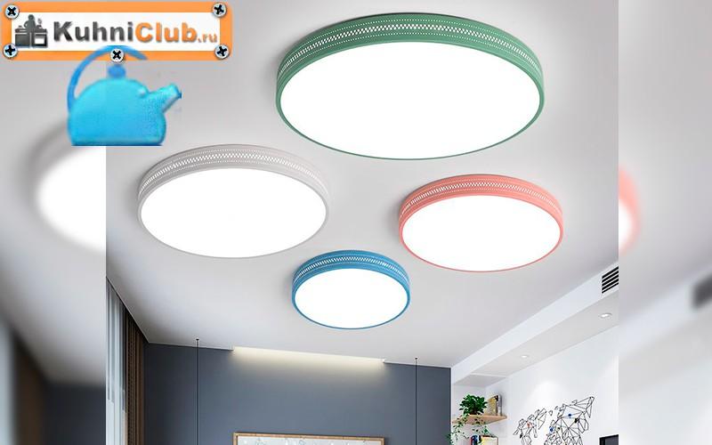 Круглые-плафоны-на-кухне-с-низким-потолком