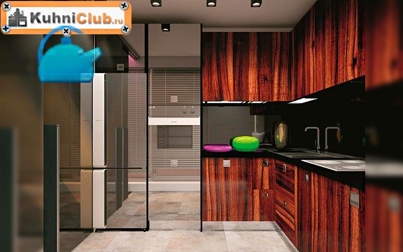 Зеркальный-холодильник-на-кухне