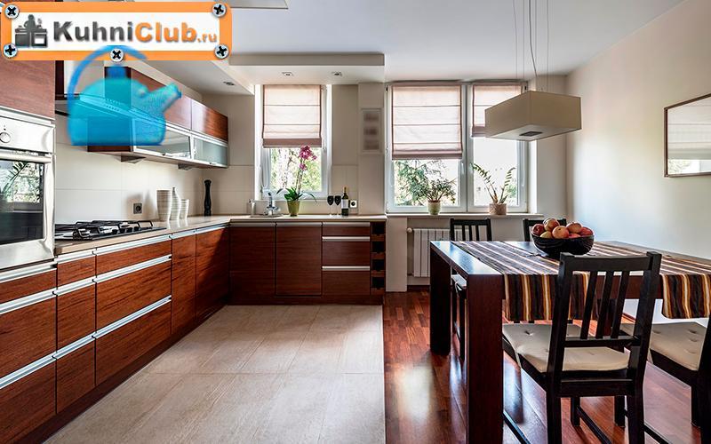Комбинирование-ламината-и-плитки-на-полу-кухни