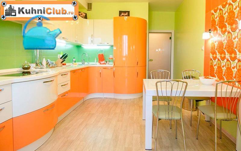 Сочетание-фисташкового-и-оранжевого-цвета