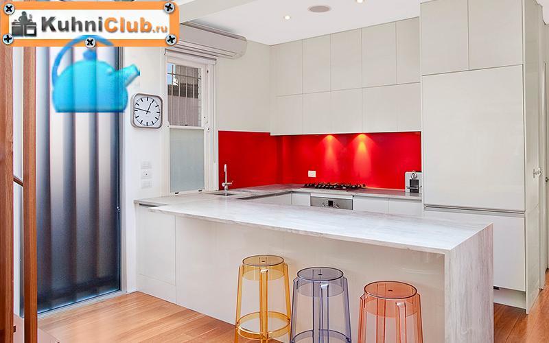 Установка-кондиционера-в-кухне-гостиной